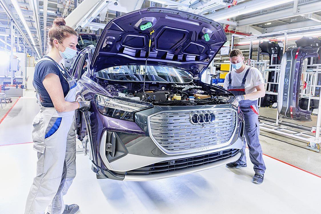 アウディ、EV専業ブランドへ 2026年以降投入の新型モデルを全車EVに
