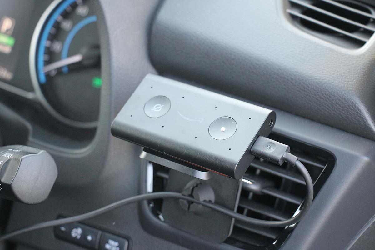 Amazon「Echo Auto」に話かけるだけで、車内から家の暖房も入れられるのは超便利なのだ!
