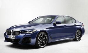 BMW5シリーズがマイナーチェンジ。ハンズオフ機能付き渋滞運転支援機能を全モデルに標準装備化