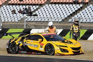 【スーパーGT】18号車UPGARAGE、公式練習は電気系統トラブルにより2度ストップ。原因解明中も公式予選には出走へ