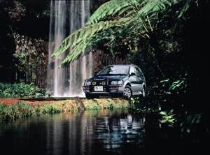 90年代に大ヒットした三菱のRV5選