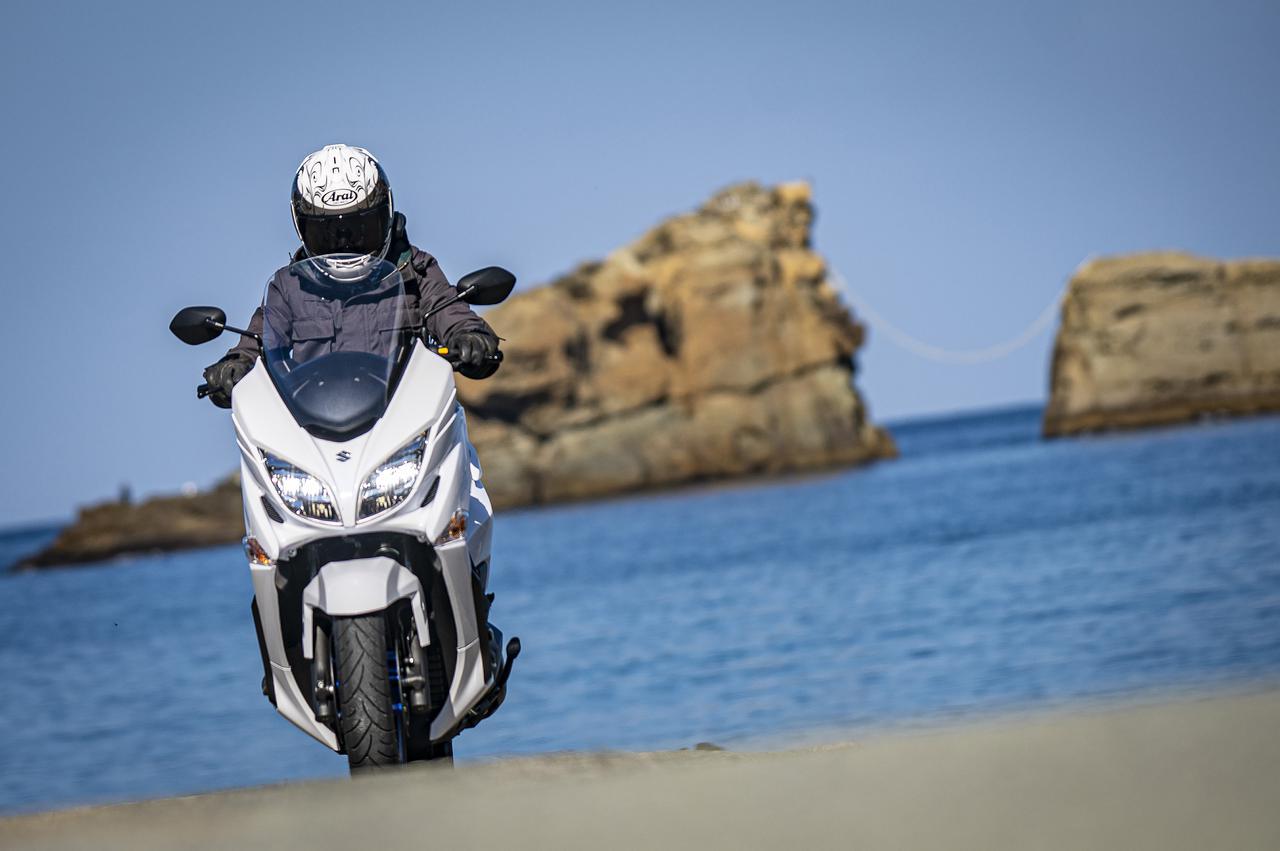 400cc以下のバイクでツーリング・エキスパートを目指すならスズキのビッグスクーター『バーグマン400』は選択肢のひとつになる【SUZUKI BURGMAN 400/試乗インプレ まとめ編】