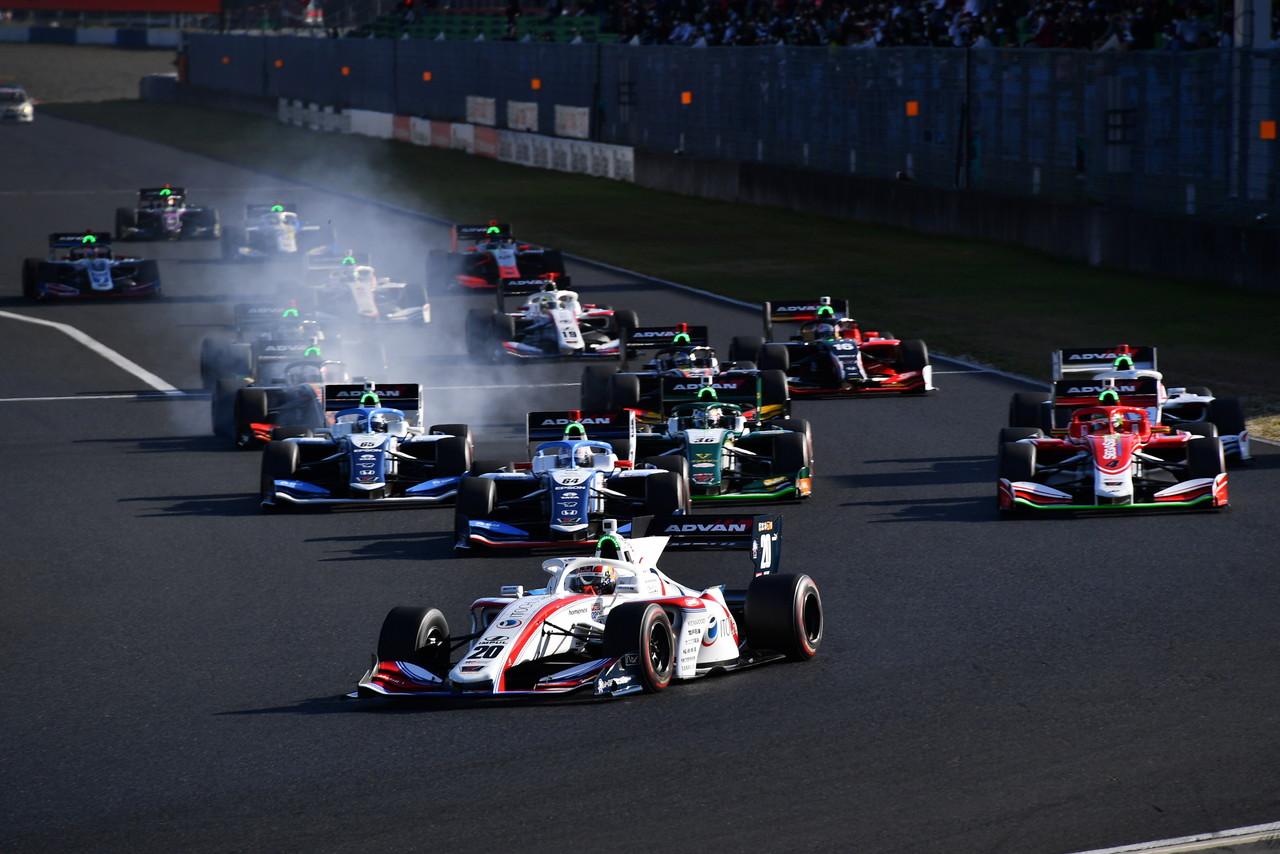 世界から注目される全日本スーパーフォーミュラ選手権。女性ドライバー目線でレポート! 【2020年 第1/2戦】