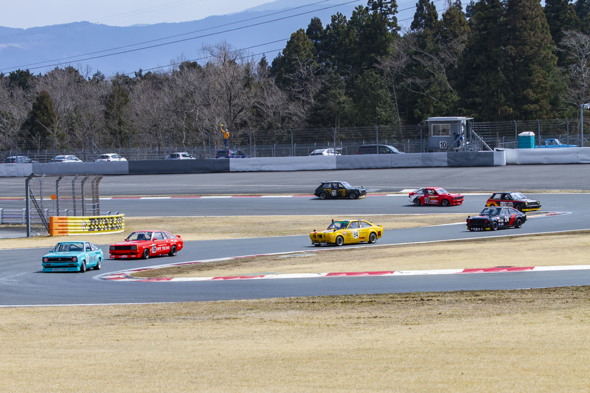 オリンピックよりも膨大? 自動車メーカーがモータスポーツ参戦に巨額マネーを投じるワケ