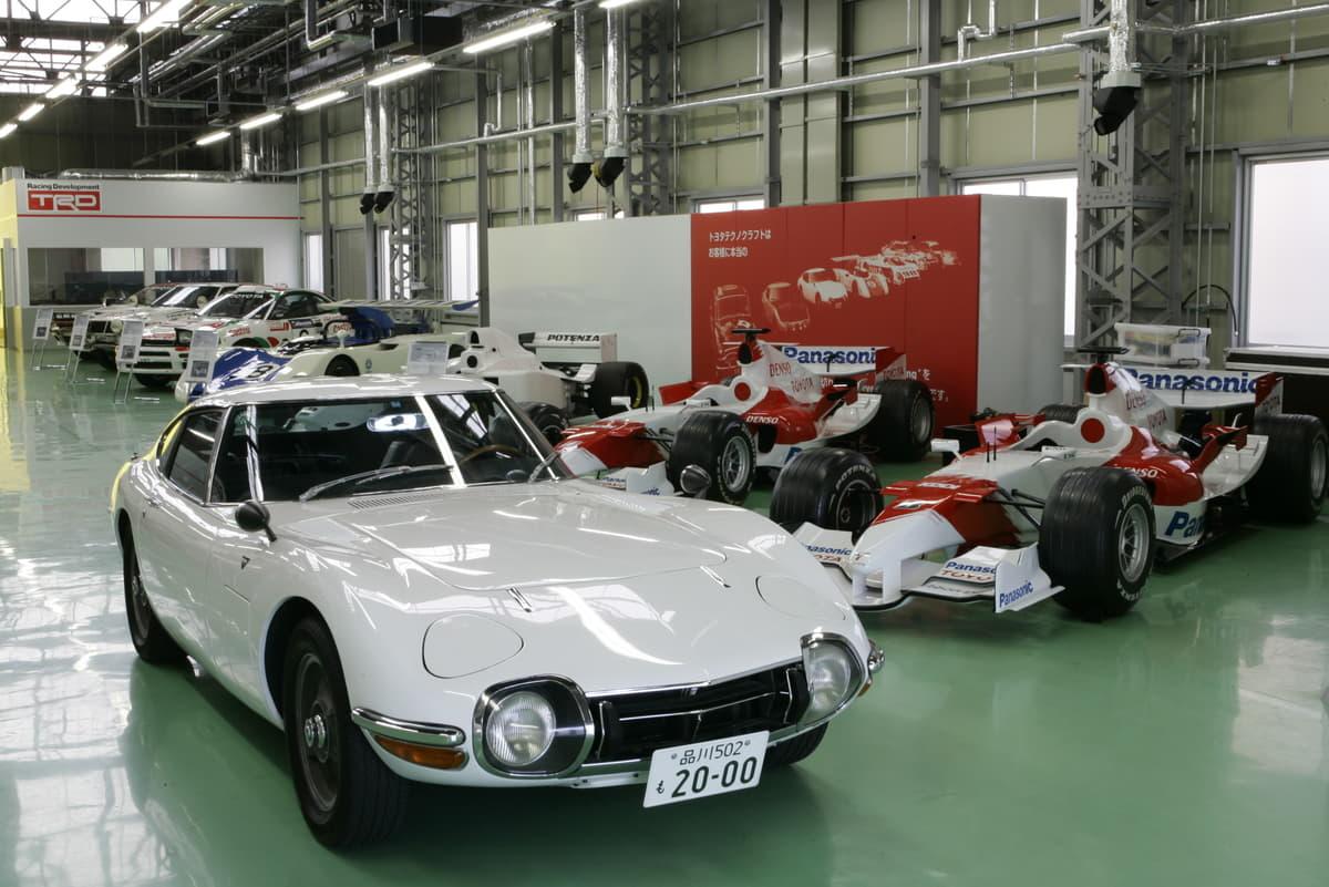 印象的だったのは「速さ」より「コーナリング」性能! 元ワークスドライバーが語る「トヨタ2000GT」真の実力
