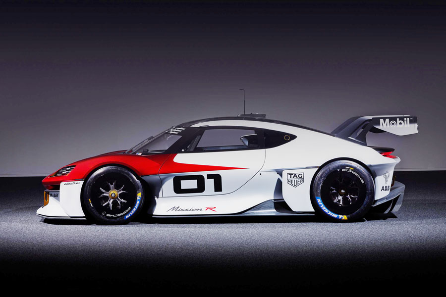 IAA2021 ポルシェ 近未来に向けた市販型の電動レーシングカー「ミッションR」を発表