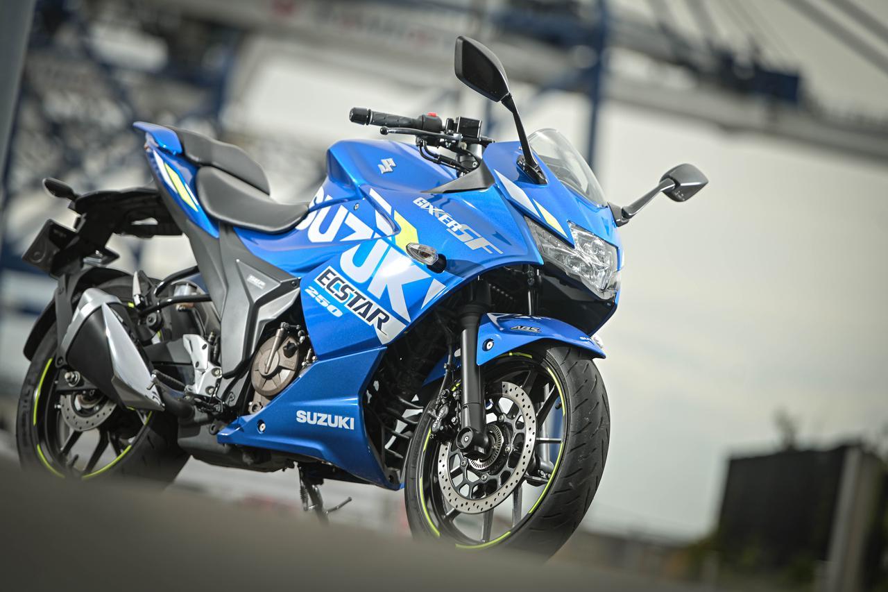 『絶対性能』よりも『乗りやすさ&実用性』を重視! ジクサーSF250は「300kmツーリングで疲れずに帰って来られる」一番優しい250ccスポーツバイク【個人的スズキ最強説/GIXXER SF250/試乗レビュー(3) ツーリング編】