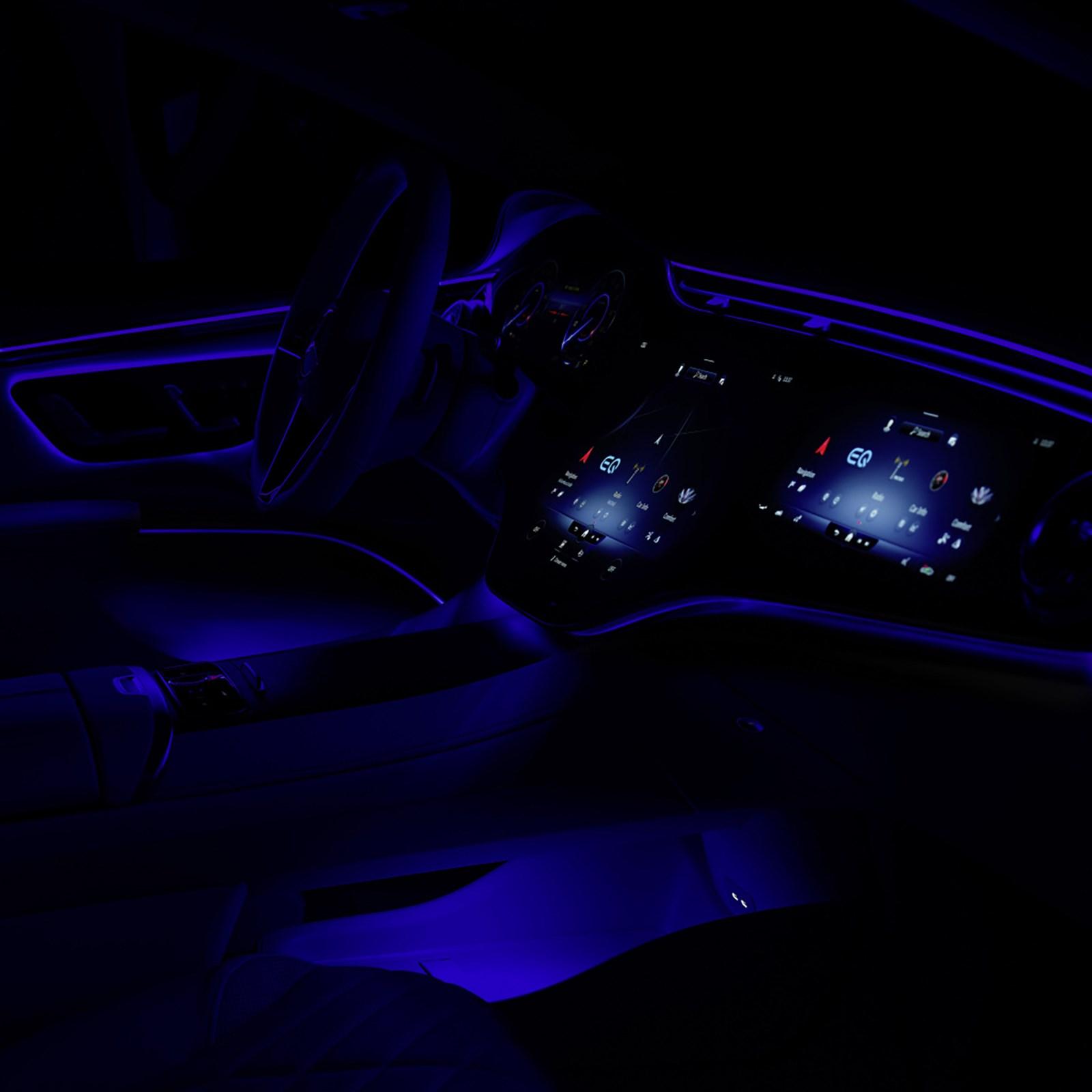 メルセデスがSクラスの電気自動車版「EQS」の市販車らしからぬ超近未来的なインテリア公開