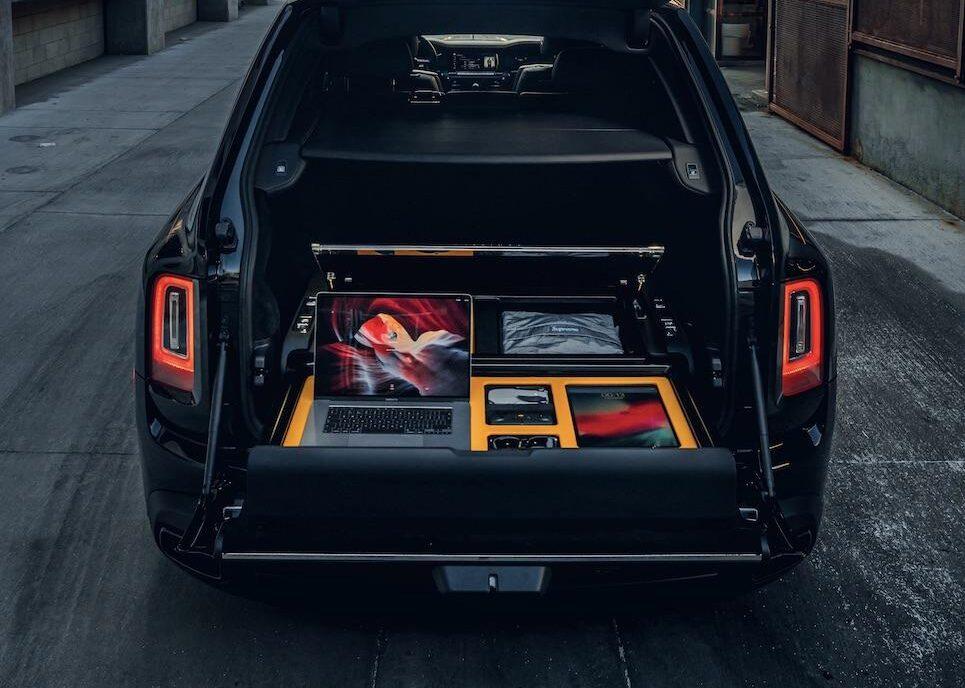 ロールス・ロイス カリナンのラゲッジスペースに自分専用の装備を自在に搭載する「レクリエーション・モジュール」とは