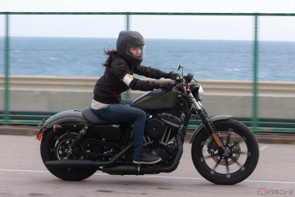 『小野木里奈の○○○○○日和』は、峰不二子やベルモットに憧れるバイク女子必見!