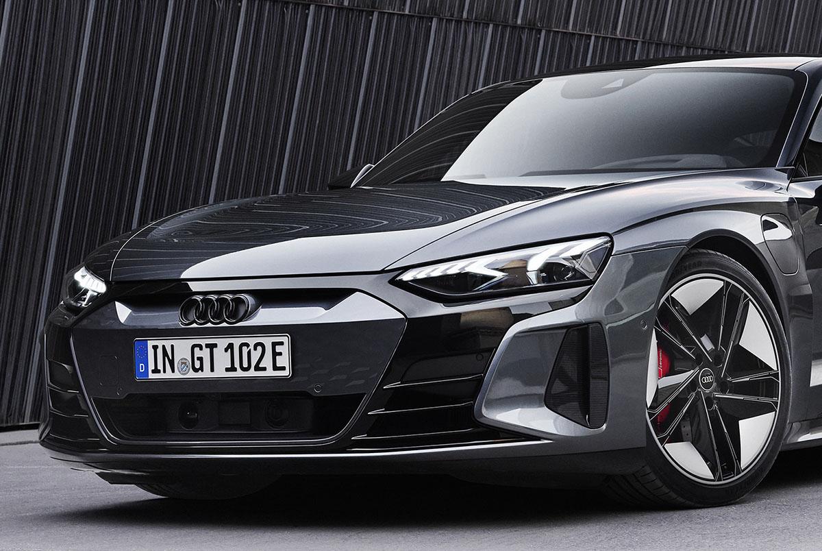 日本導入2021年秋を発表した電動4ドアクーペ! アウディe-tron GTをひと足先に試乗チェック!