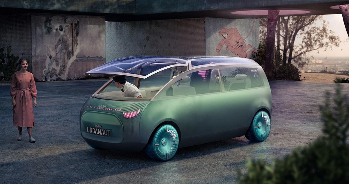 MINIがミニバンを開発中? 畳めるフロントガラスなど斬新なアイデアのコンセプトカーに注目