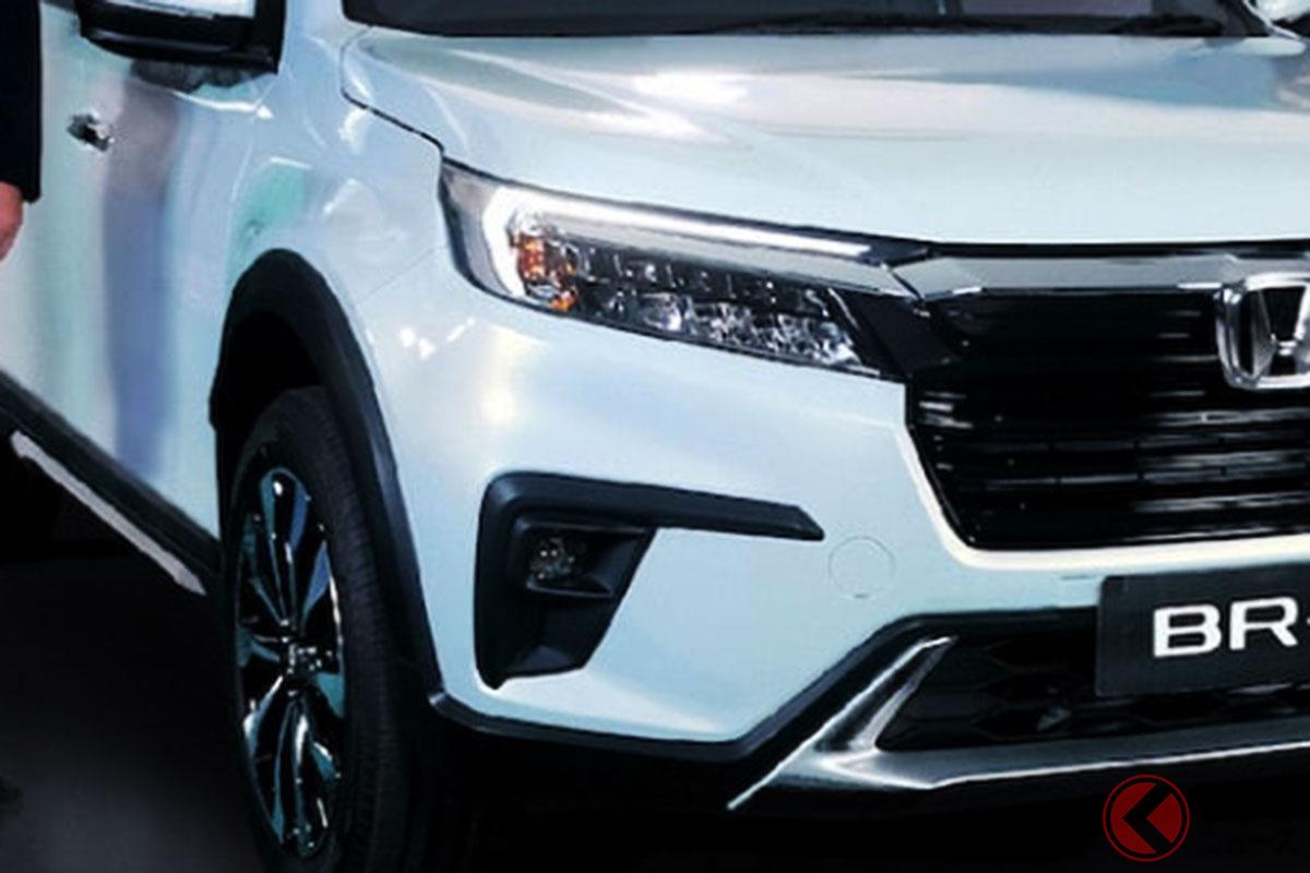 6年ぶり刷新! ホンダ新型「BR-V」はどんな3列SUV? 「欲しいと思わせる」迫力大型グリルの姿とは? 尼で登場