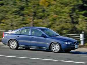 【懐かしの輸入車 16】ボルボ S60は走りも楽しい新世紀のスポーティボルボだった
