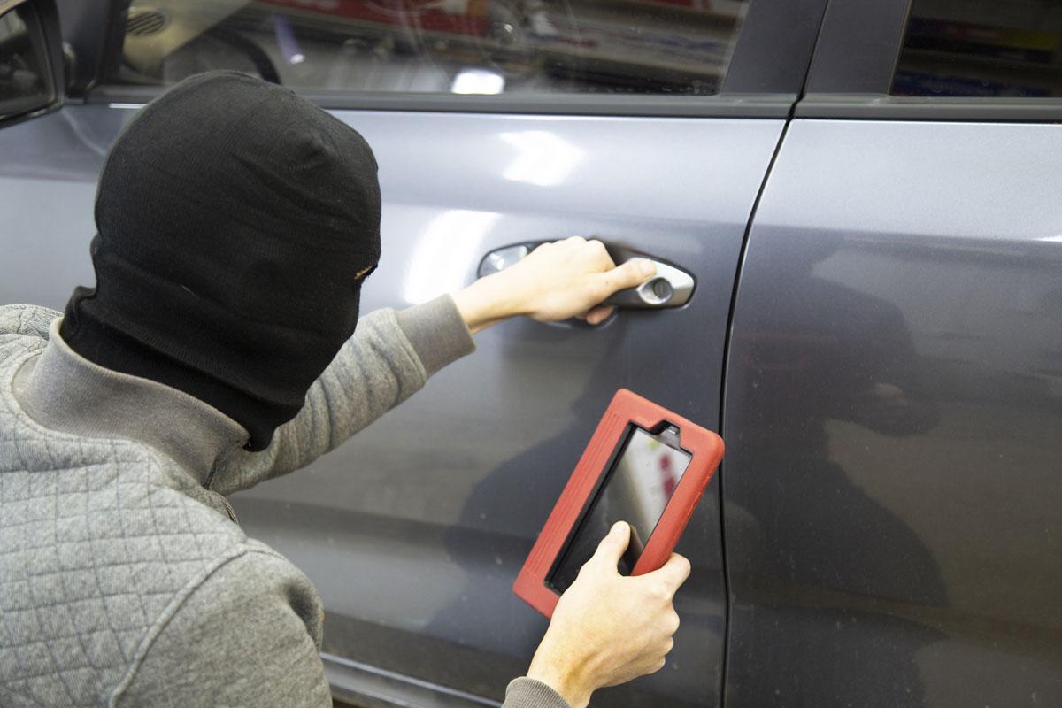 被害金額急上昇! 盗難車はなぜ海外に? 中東に「輸出」される衝撃の裏事情