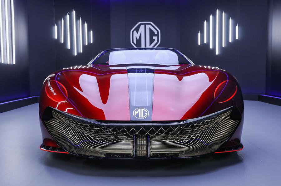 【未来のビジョン】MG 新型EV「サイバースター」生産決定 2シーターのオープンスポーツ