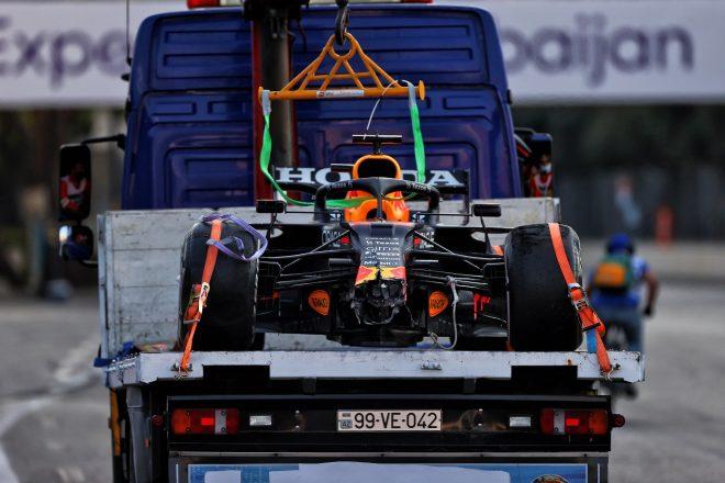 タイヤトラブルで勝利を失ったレッドブルF1、調査報告を受けてコメント「指示に反したことはないし、今後も順守する」