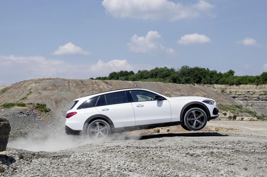 【ワゴンにサヨナラ?】メルセデス、ステーションワゴンの将来性を危惧 SUVにファン流出