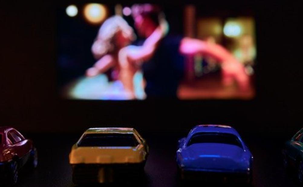 ドライブインシアターで楽しみたいアニメ映画、3位ONE PIECE、2位ドラえもん、1位は?