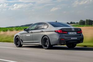 【運転の楽しさはPHEVで一番】BMW 545e プロトタイプ 3.0L直6採用 後編