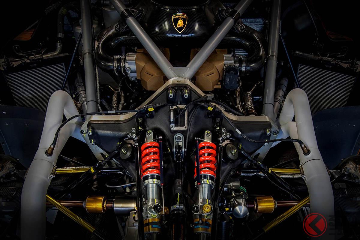 「アヴェンタドール」後継モデルに採用!? 「エッセンツァ」のカーボンモノコックが、市販車初の安全規格認証を取得