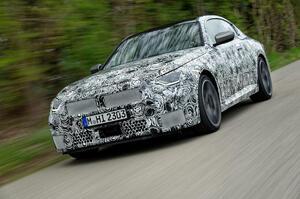 【次期型もFR維持】BMW 2シリーズ M240i クーペ テスト車両へ試乗 発表は6月上旬予定