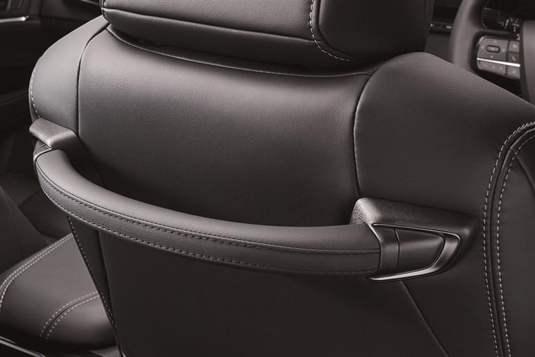 新型トヨタ ミライはクラウンHV並みの価格。来年はハンズオフできるモデルも発売