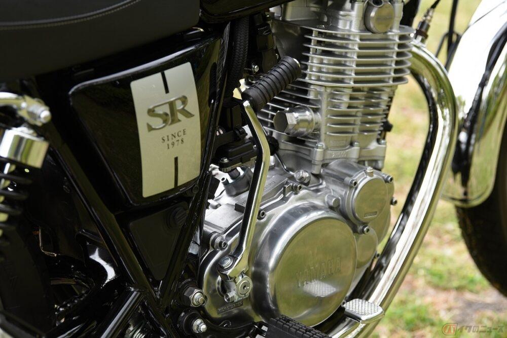バイクに装備されているキックスタートとは