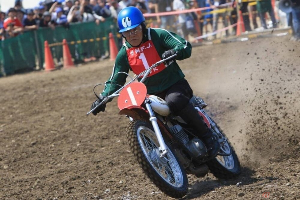 バイクに乗らないなんてもったいない! SP忠男ライダーの速さの秘訣と目玉ヘルメットの正体