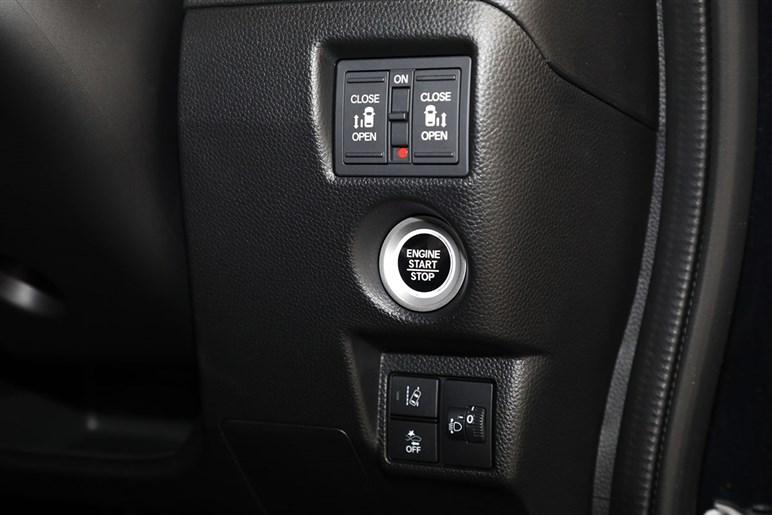 帝王・ホンダ N-BOXがマイナーチェンジ。ACC全車速対応は見送りでもライバルを引き離せるか?