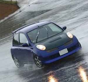 「K12マーチに青ヘッドの可変バルタイ付きSR16VEを換装!」ハイカムに切り替わってからの伸びは最高に刺激的だ!
