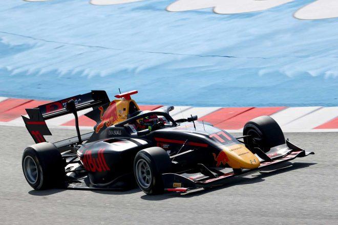 予想外の不振に苦しむ岩佐歩夢。決勝では「引きのレースでは上にいけない」と攻めの姿勢/FIA-F3第1戦予選