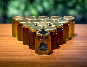 ロールス・ロイスが生産休止中のクルマに代わりハチミツを増産中?