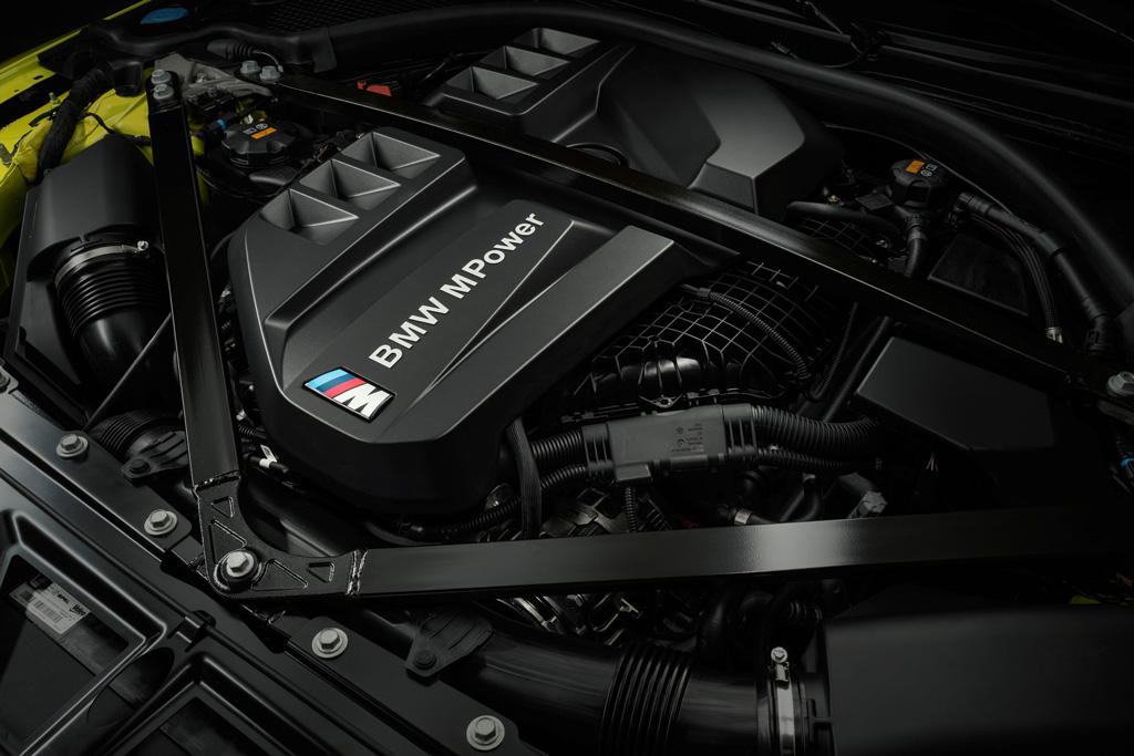 """""""走りのBMW""""を象徴する新型「M3」と「M4」が日本でも発売開始!"""