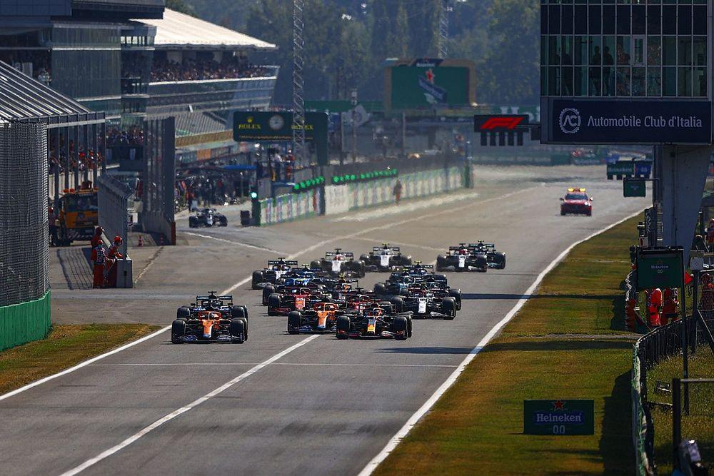 """Netflix、レース中継のため""""F1買収""""も検討? ドキュメンタリーでは既に成功収める"""