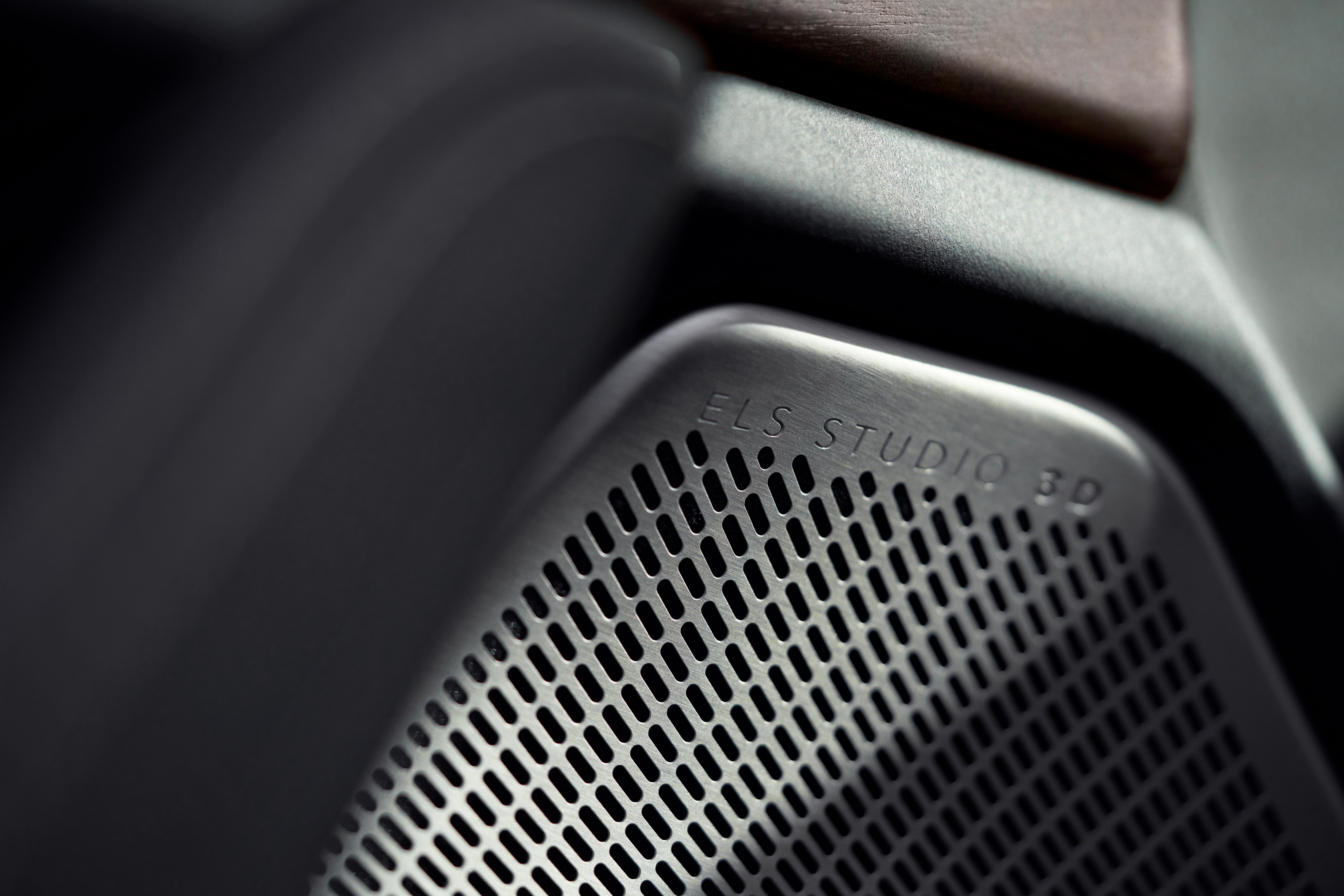 ホンダ、アキュラの新型TLXを公開! 高性能モデルのType Sが登場