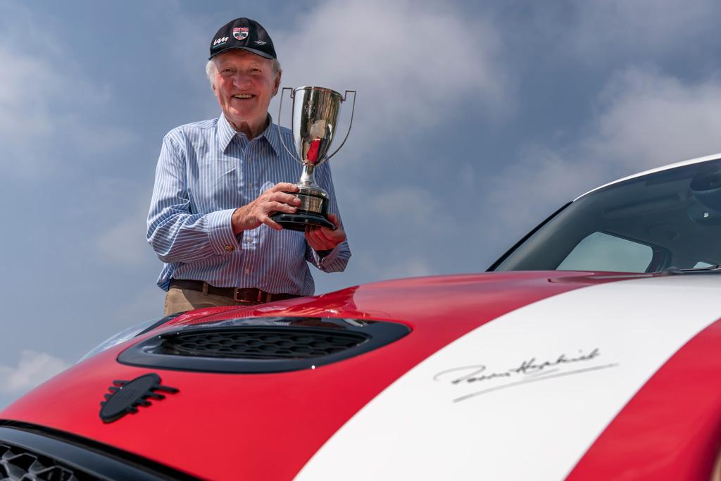 MINIに伝説的ドライバーの名前を冠した限定モデルが登場!
