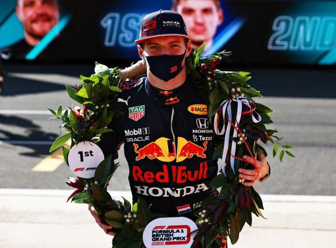 抜群のスタートでスプリント予選を制したフェルスタッペン「ブレーキから火が出始めて本当に心配した」F1第10戦