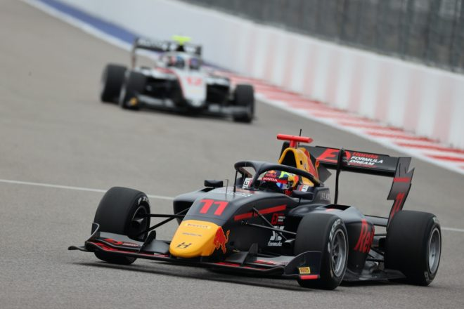 ドゥーハンが4勝目。岩佐歩夢は9台抜き9位でシーズンを締めくくる【FIA-F3第7戦ロシア レース3】