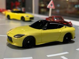【新型Z、謎のミニカー】フェアレディZ発表 同時公開のミニカーはトミカ 発売は? 仕様はこのままか