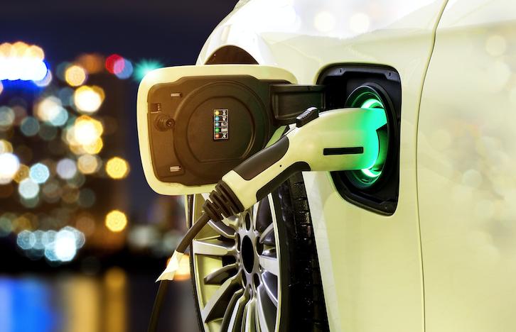 電気自動車を購入する時に重視したいことTOP3、3位航続距離、2位EVステーションの数、1位は?