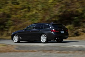 ワゴンボディで重要なリアサスペンションの安定感は抜群!「BMW新型5シリーズ・ツーリング」試乗記