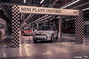 MINI、20周年を迎え生産台数は500万台を突破。英国の生産拠点はMINIファンから「聖地」として親しまれる