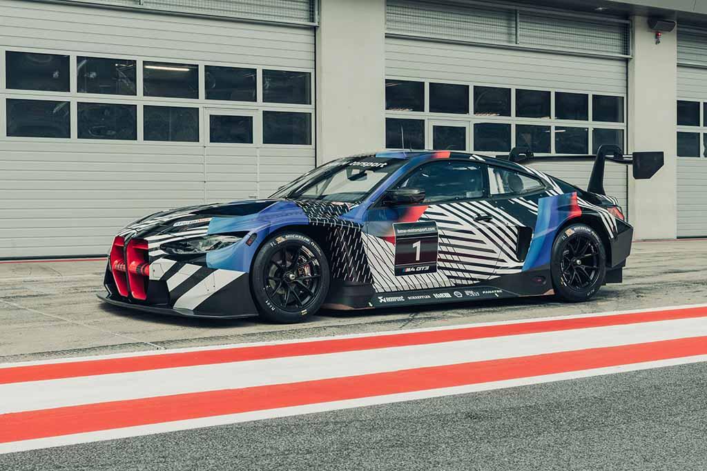 レーススタート直後に追突リタイアなんて……【BMW Team Studie代表兼監督「鈴木BOB康昭」のレーシングダイアリーvol.5 スーパーGT第4戦もてぎ編】