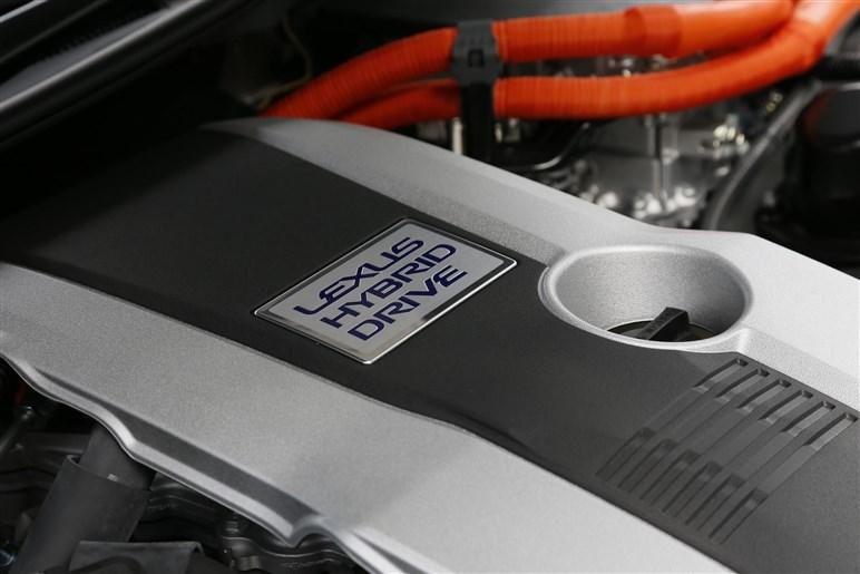 レクサスGSに第二のHV、300hが追加