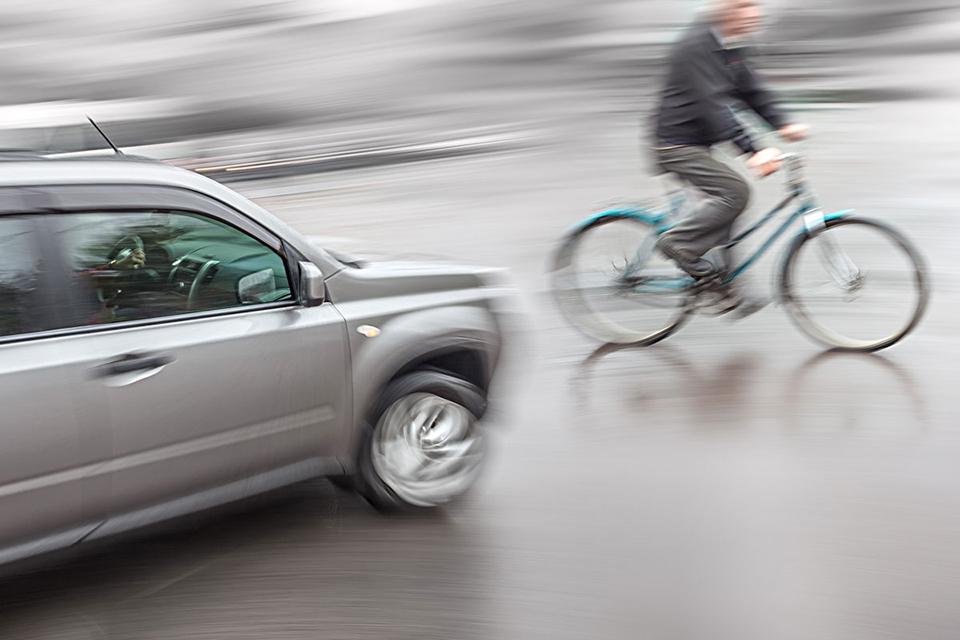 ついに自転車にも反則金制度新設へ!! 大きな期待も現状は課題山積!?