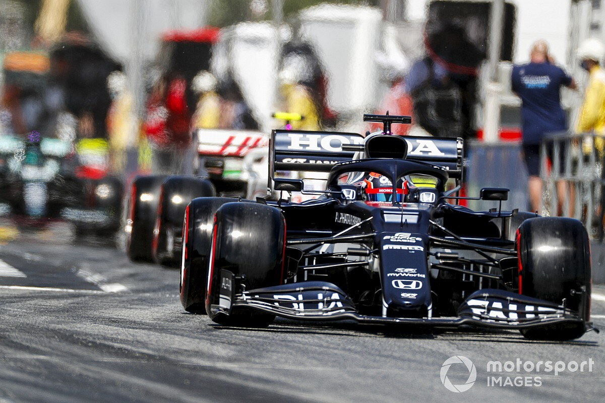角田裕毅、まさかの予選Q1敗退……ガスリーとの違いに疑問と困惑「クルマの性格があまりにも違う」|F1スペインGP