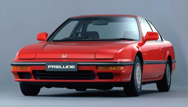 新型Sクラスに「4WS」が!? かつて日本車のお家芸だった四輪操舵の現在