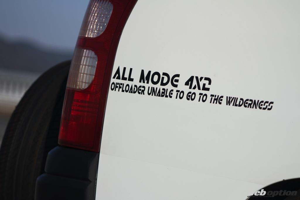 「もしサクシードに中東仕様があったら・・・」シュノーケルに電動ウインチ装備の個性派スタンス仕様