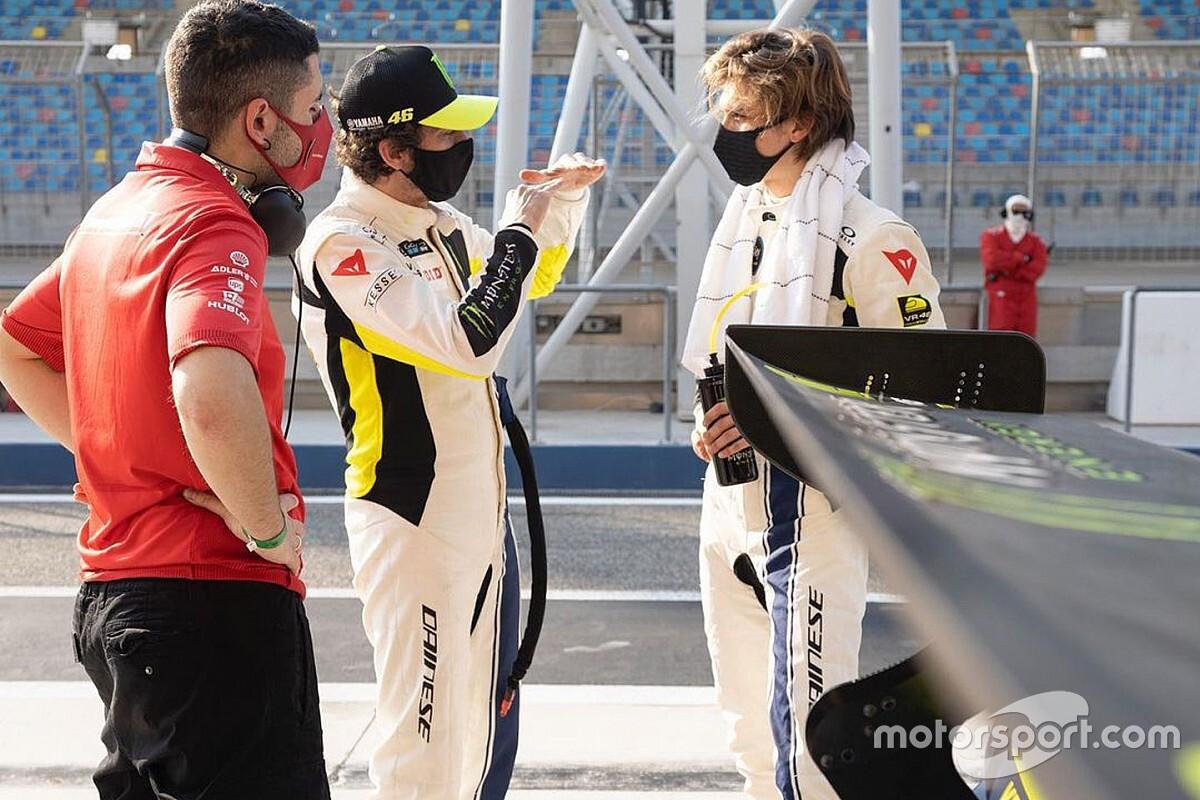 """【MotoGP】""""ロッシ&マリーニ""""の母、息子の直接対決が「楽しみ」バイクの降り方が同じとも指摘"""